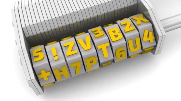 Vlastnosti zabezpečení. Kód na kombinace visací zámek. Kombinace lock (wordlock) s písmeny nastavení kódu vlastnost zabezpečení na bílém povrchu. Záznam videa