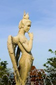 Fotografie socha anděla s křídly