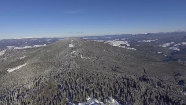 Vrcholky hor se odstraňují z vrcholu 3