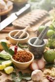 Fotografie Auswahl an Thai-Küche Kochen Zutaten auf Holztisch