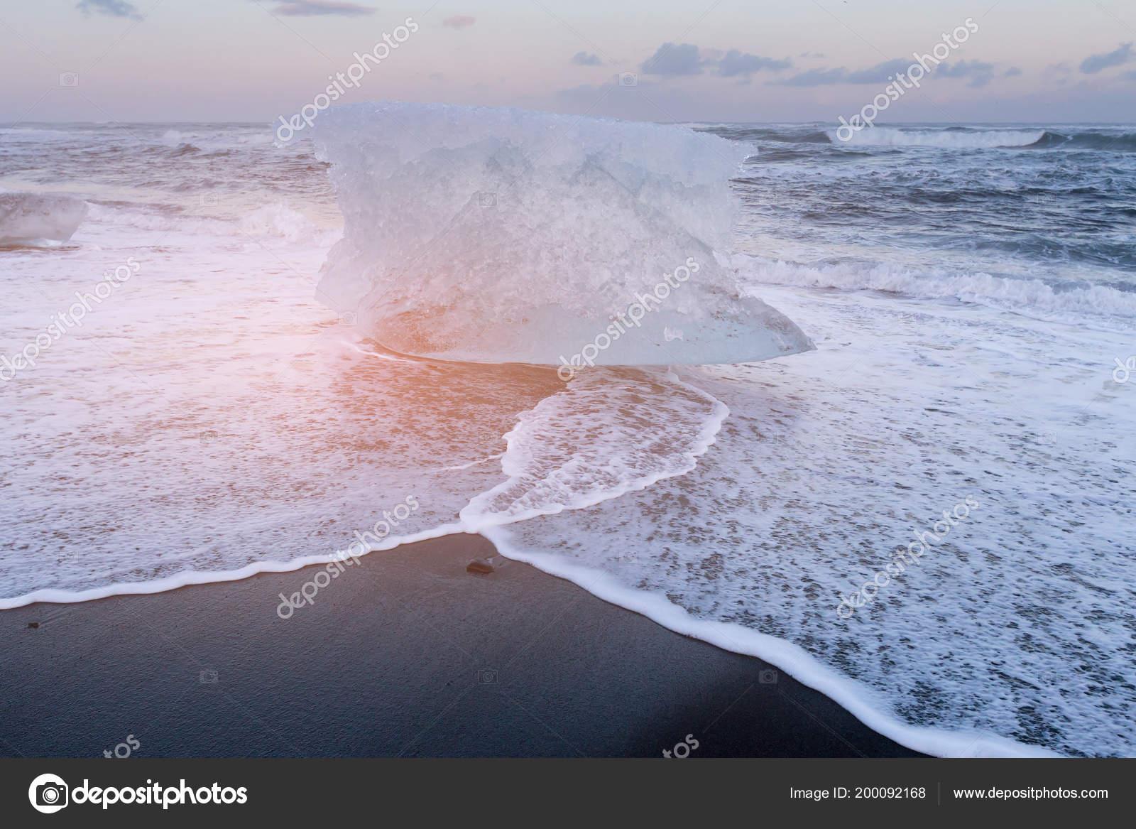 Ice Black Sand Diamond Beach Jokulsarlon Iceland Winter Season