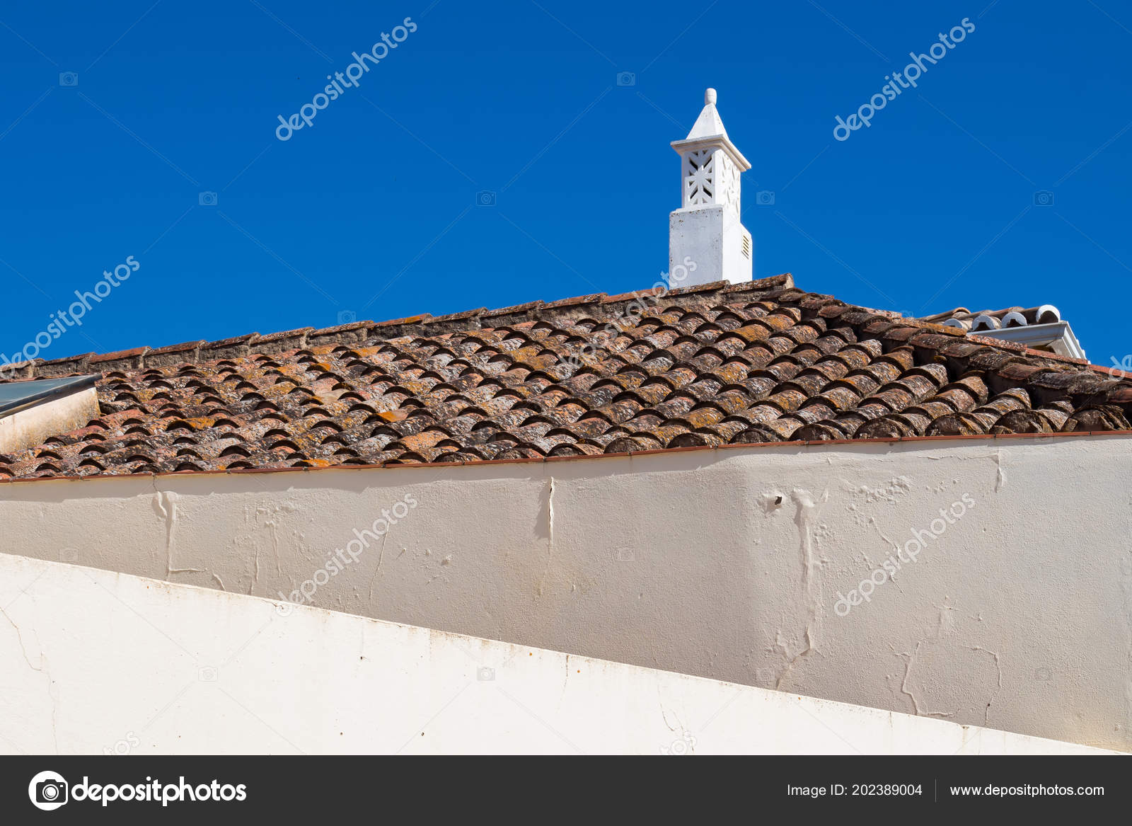 Lines White Walls House Roof Old Traditional Tiles Ornate