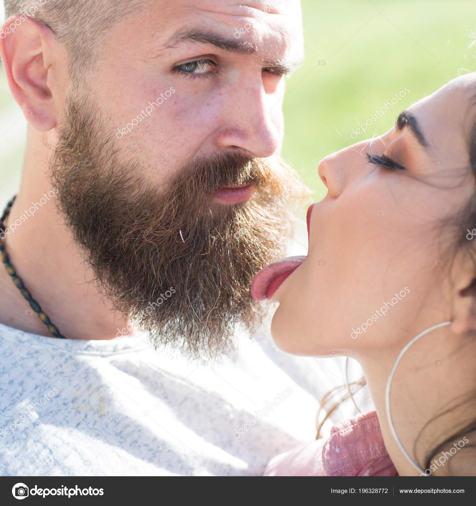 Amateur Girls Kissing Cum