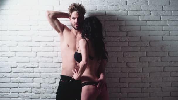 Paar Geheimnisse Fantasie. Prelude - Paar in der Liebe. Sexy Paar. Leidenschaftliches paar küssen, jungen und Mädchen
