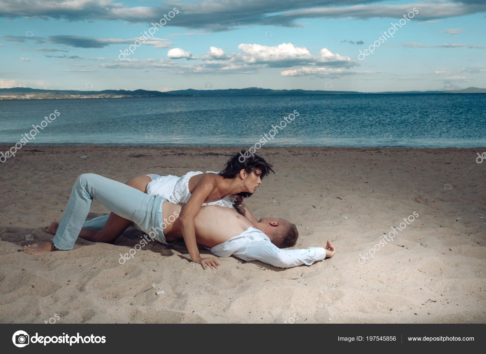 Naked couple beach