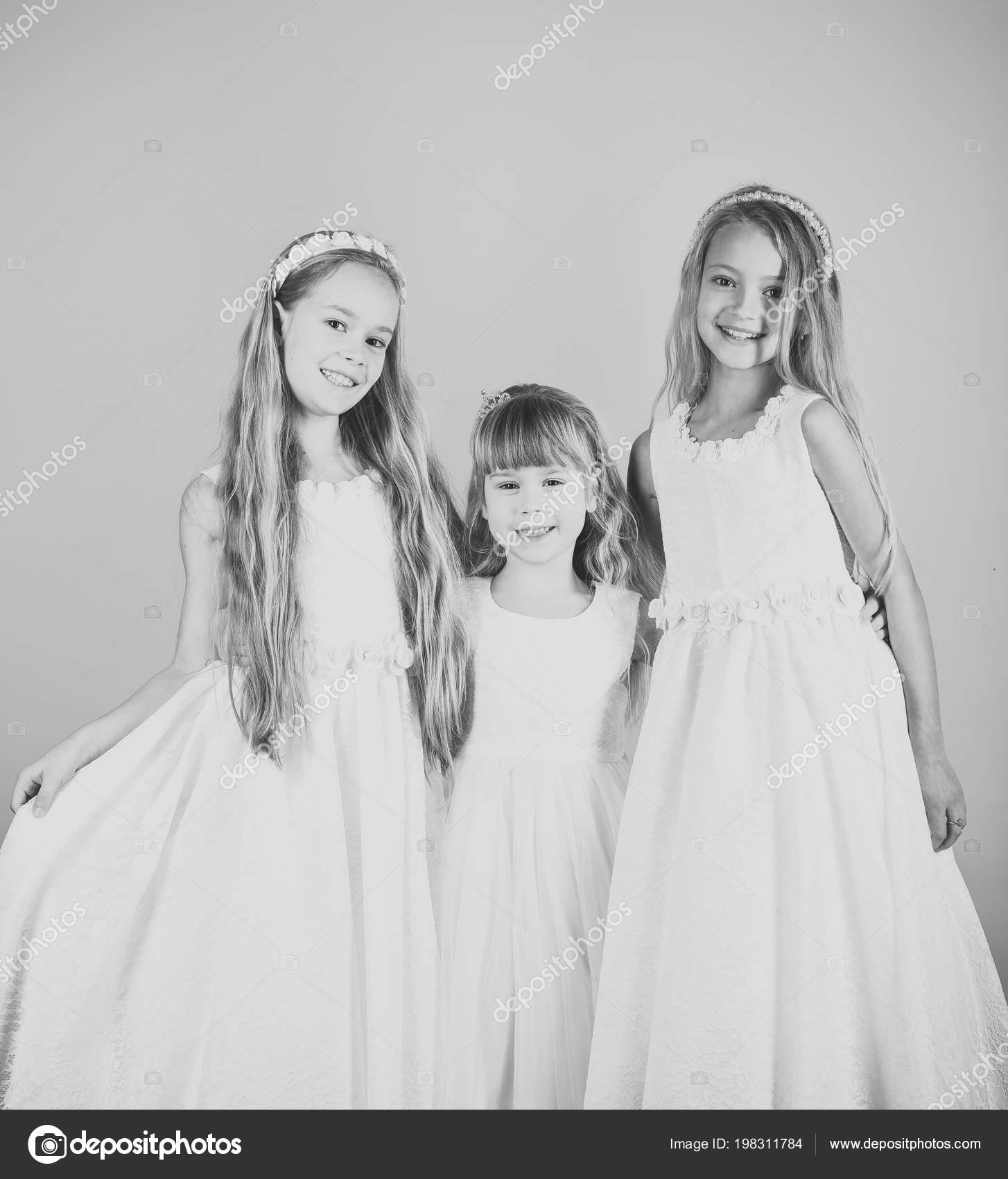 Mode zu stellen kleine Mädchen oder Kind in Ihrer Website. Gesicht ...