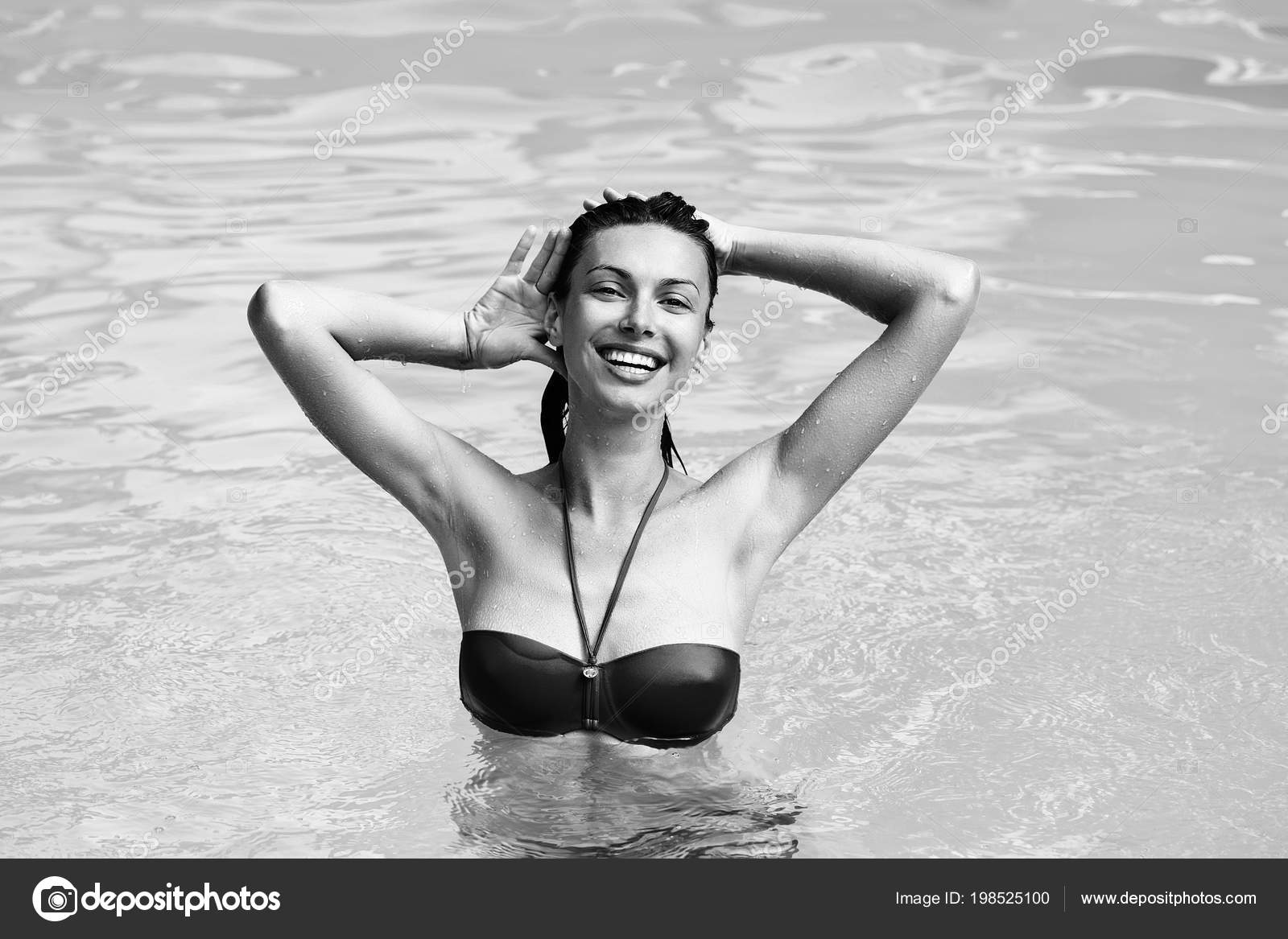 Sexy vacaciones en el mar