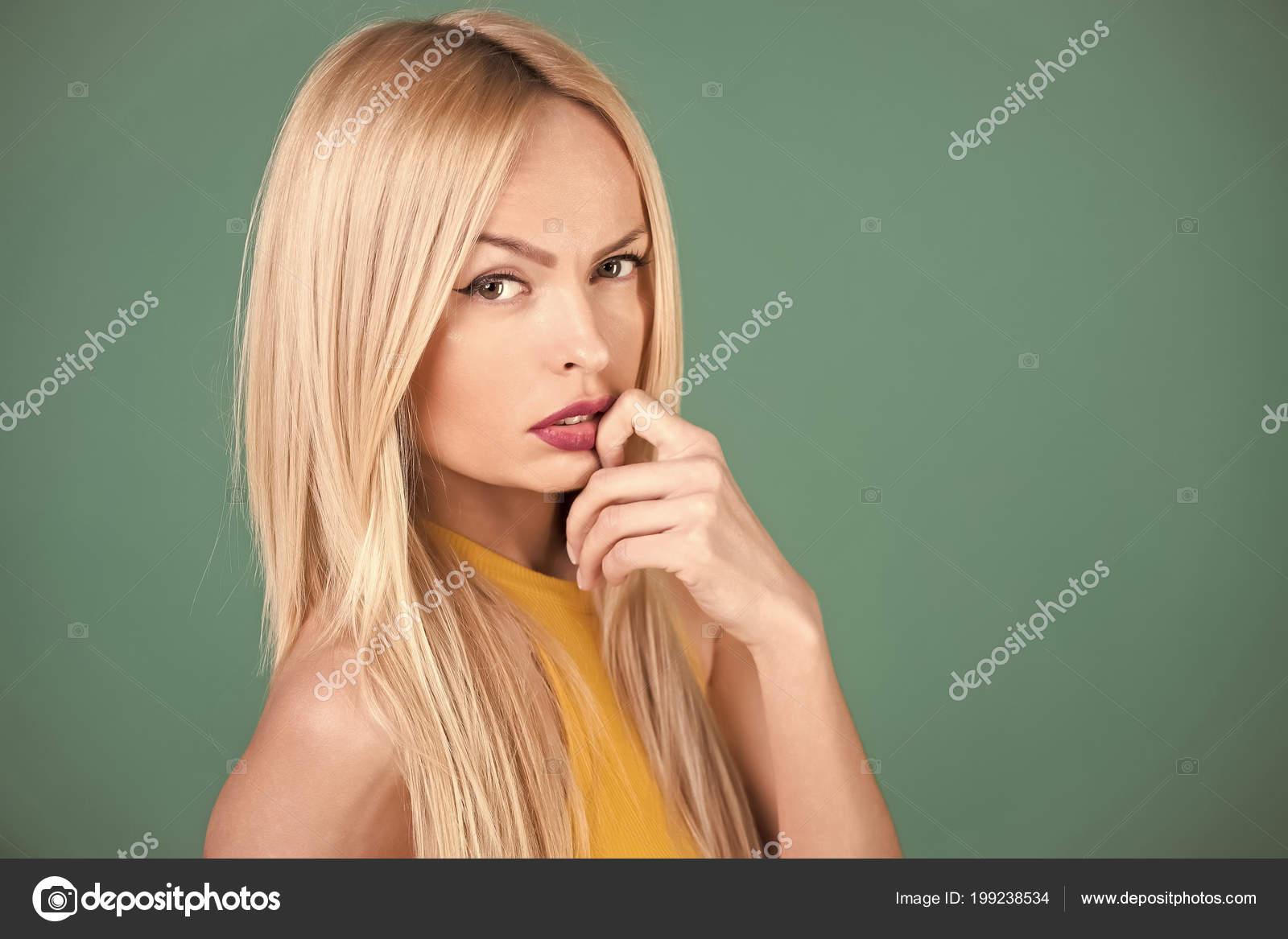 Coiffure femme cheveux sale