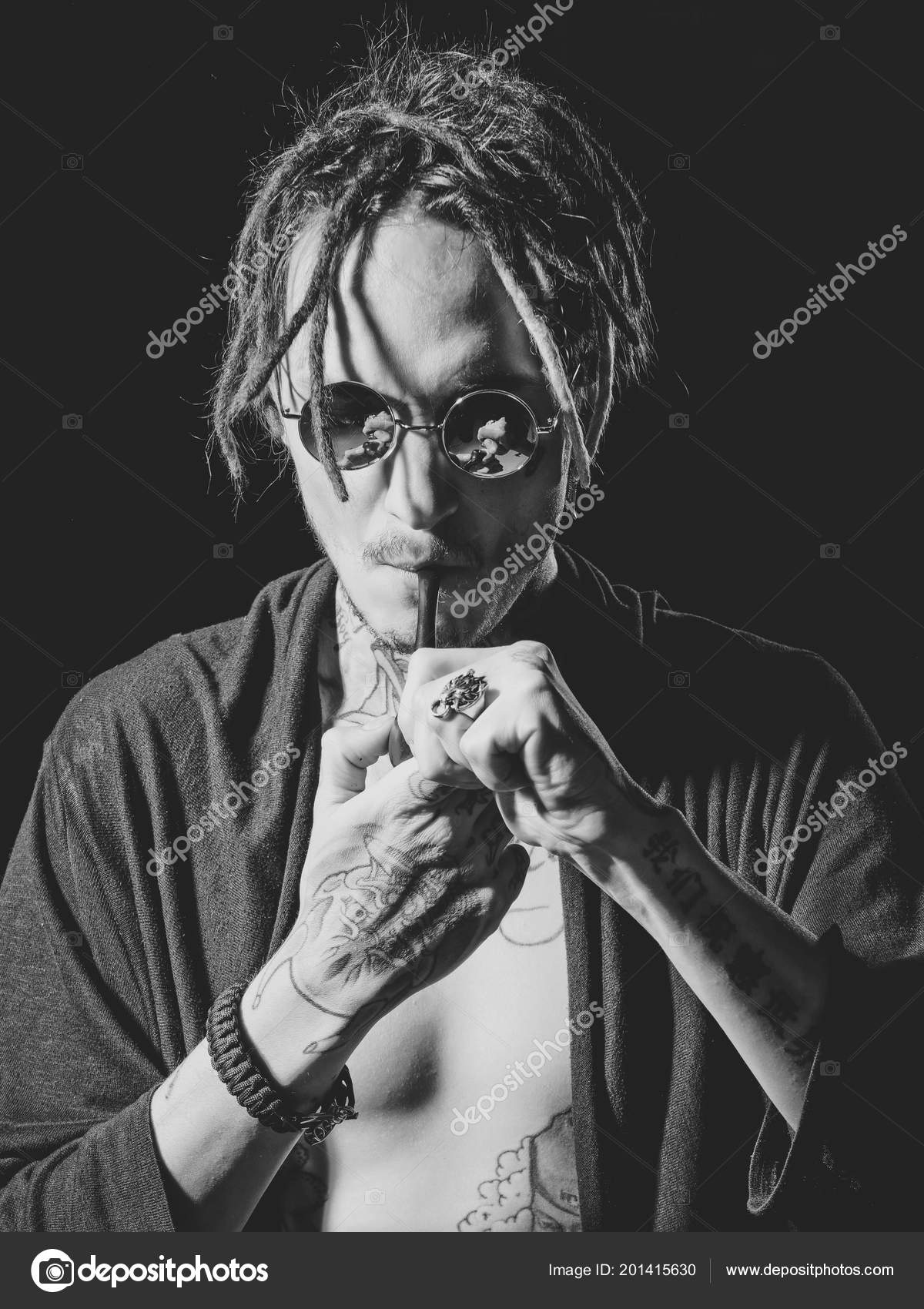 brutal pipe japonais underground sexe