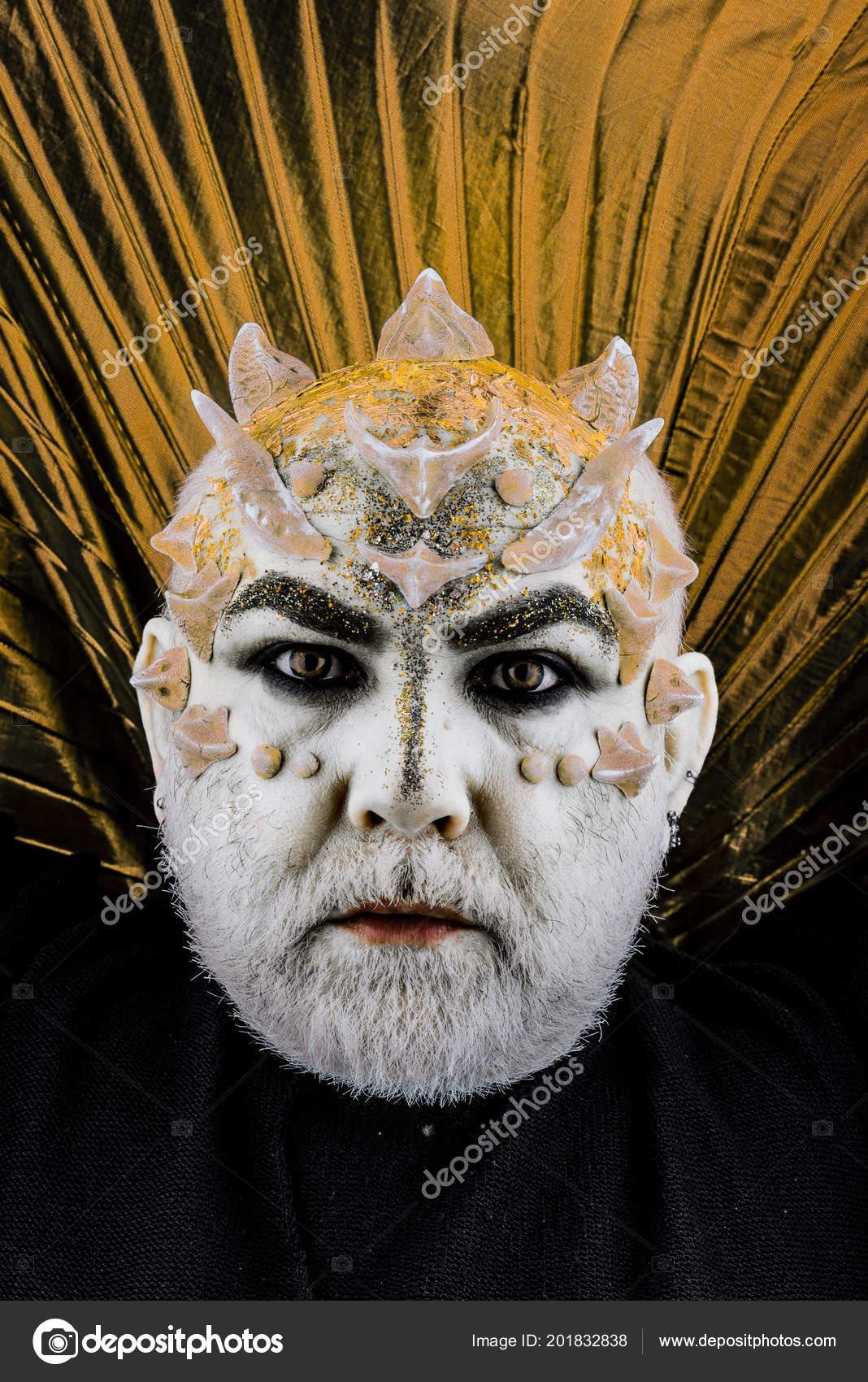 Kopf Mit Dornen Oder Warzen Gesicht Mit Glitzer Bedeckt
