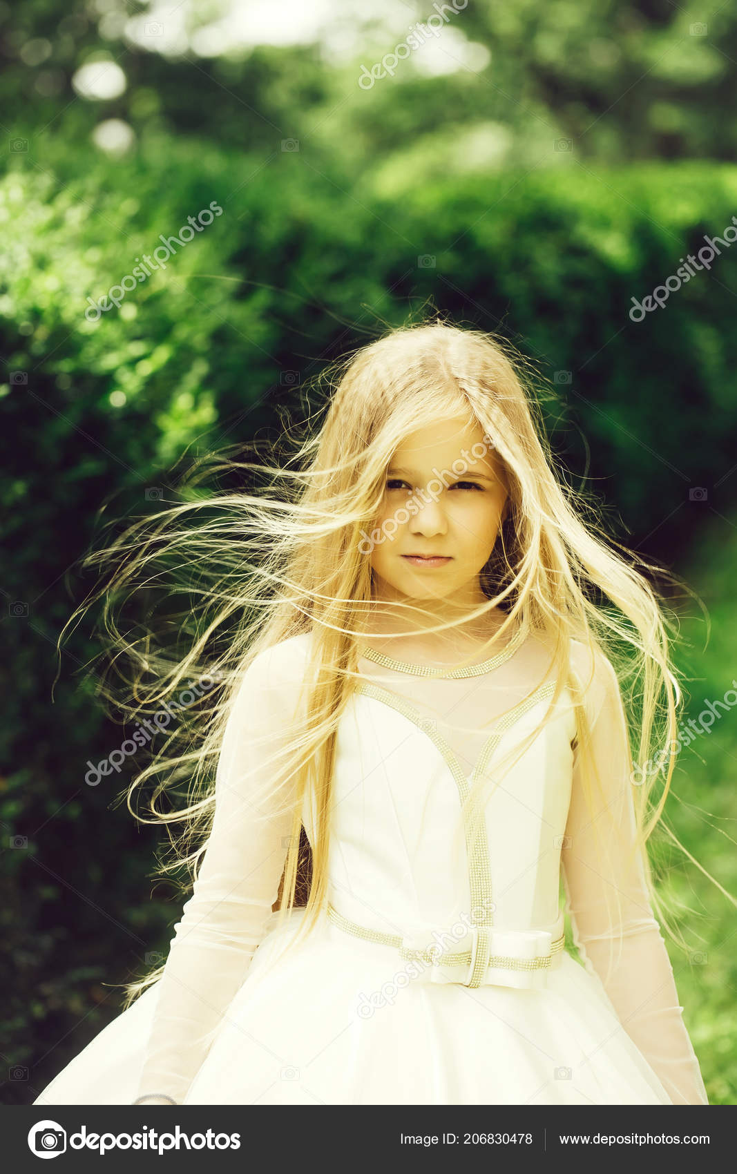 — Petite Robe Blanche Tverdohlib Photographie Air Fille En Plein 0X8NnkwOP