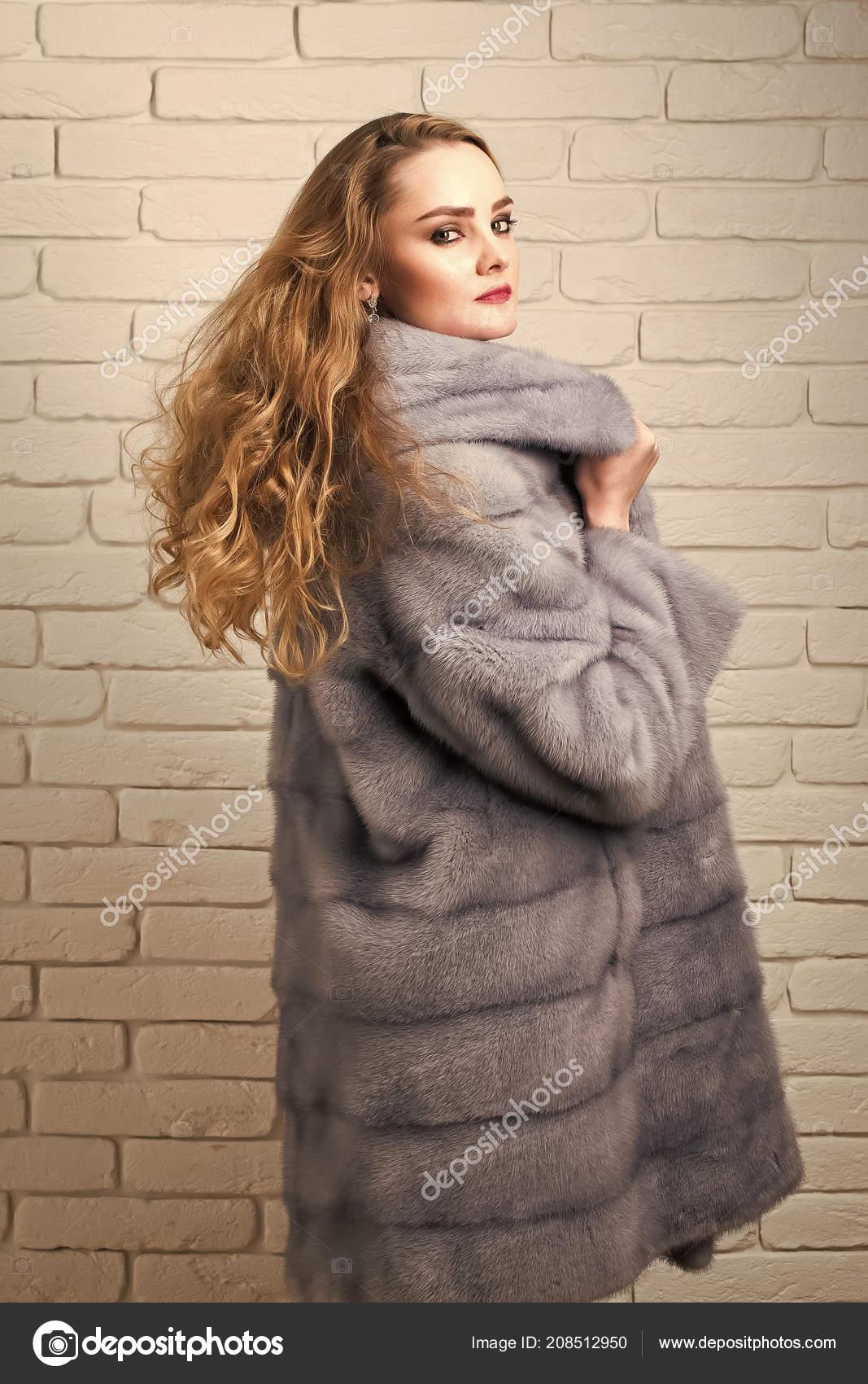 promo code 9ab3b 7d5c6 Ragazza o donna cappotto di pelliccia di visone grigio di ...