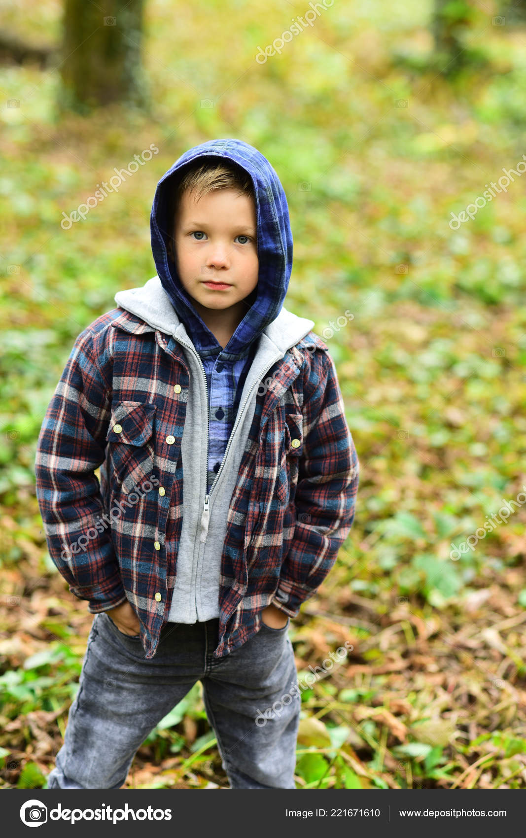 d3a1c5e5f Early fall. Small boy in fall. Small child in casual outfit outdoor ...