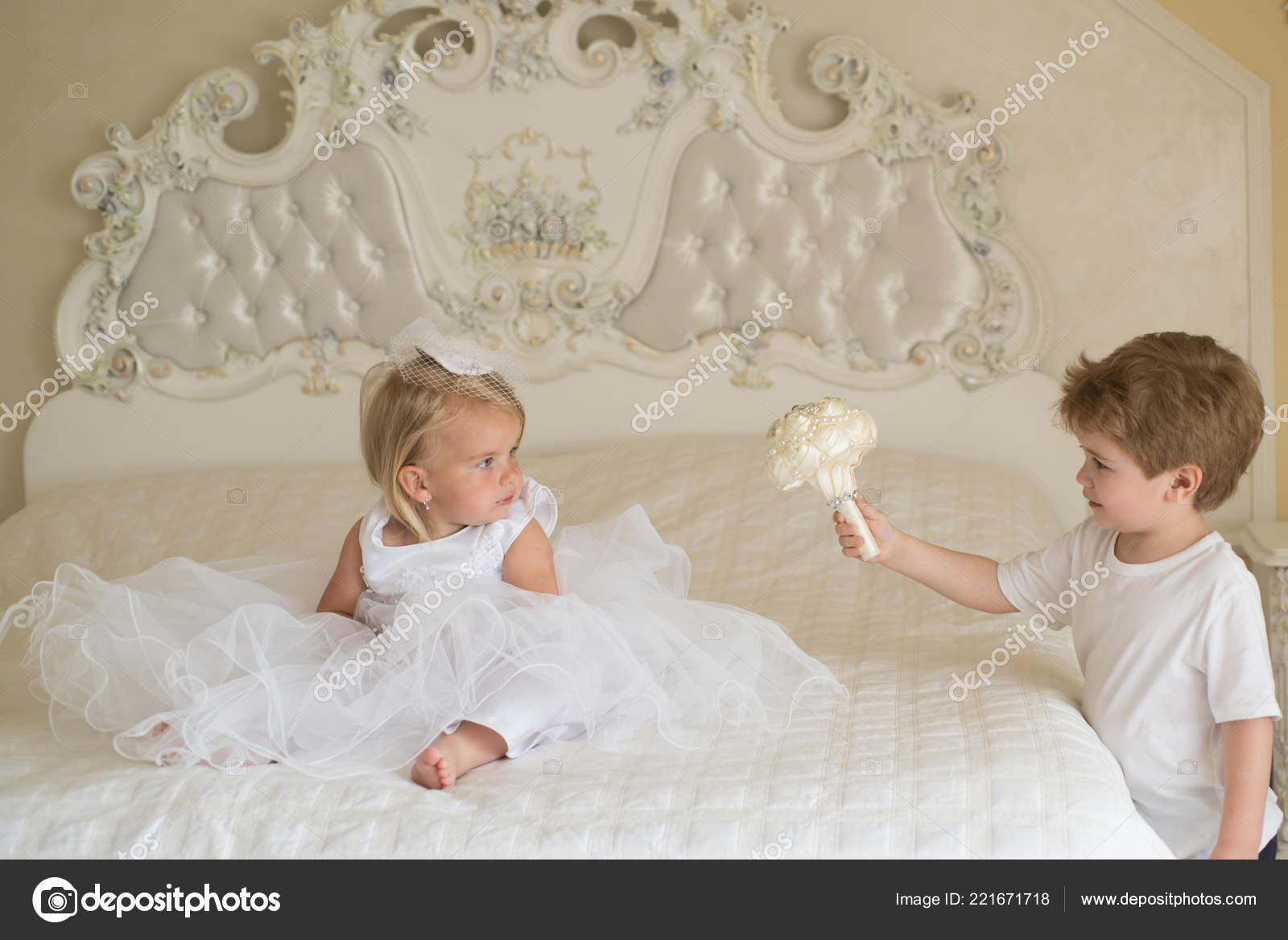 Die Beste Frisur Meine Lieben Kinder Bereit Fur Die Trauung