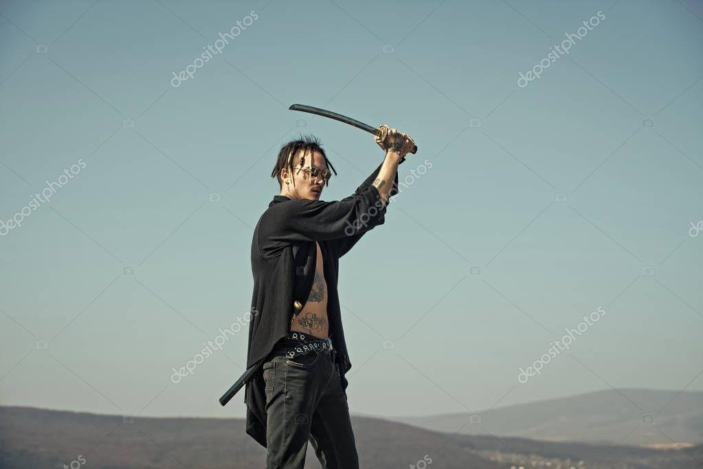 плодоношения картинка полного грузного мужика с мечом узнаете
