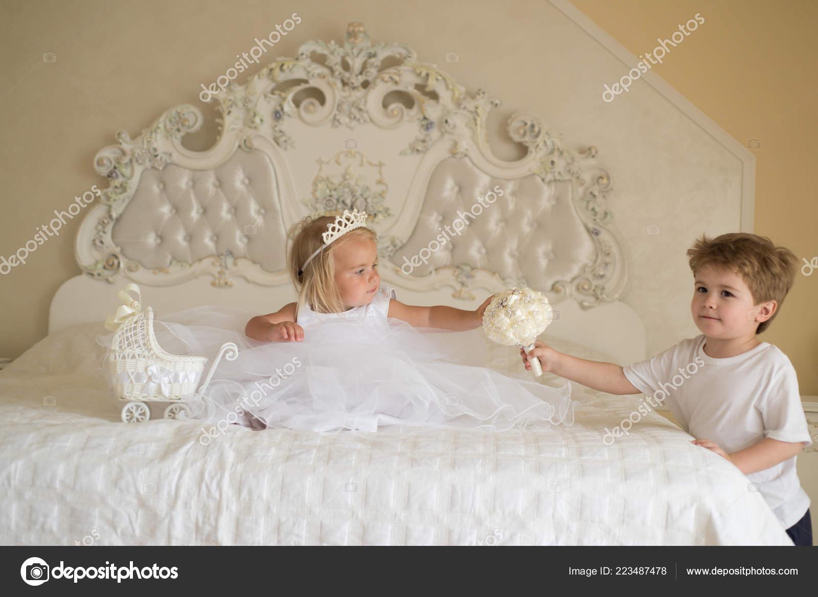 Hochzeit Haar Ideen Entwicklung Der Kinder Kleine Blume Madchen