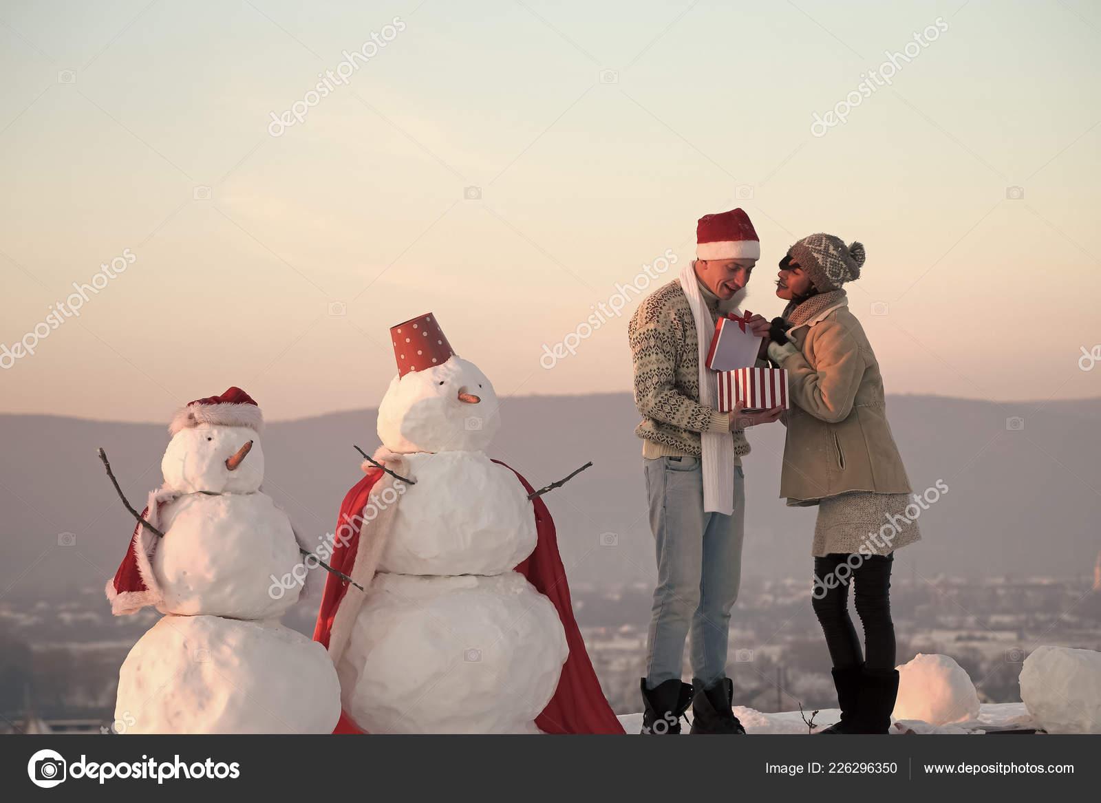 barefeet-sexy-male-snowman-self-suck-erica