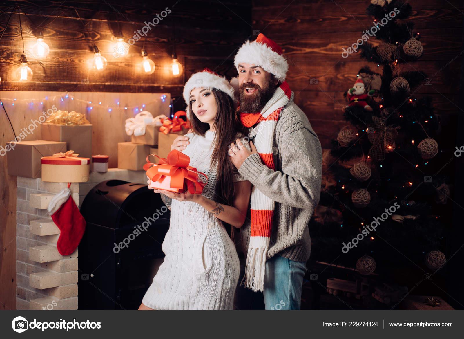 Regali Natale Per Coppia Di Amici.Amici Allegri In Natale A Casa Coppia Sposata Di Natale Migliori