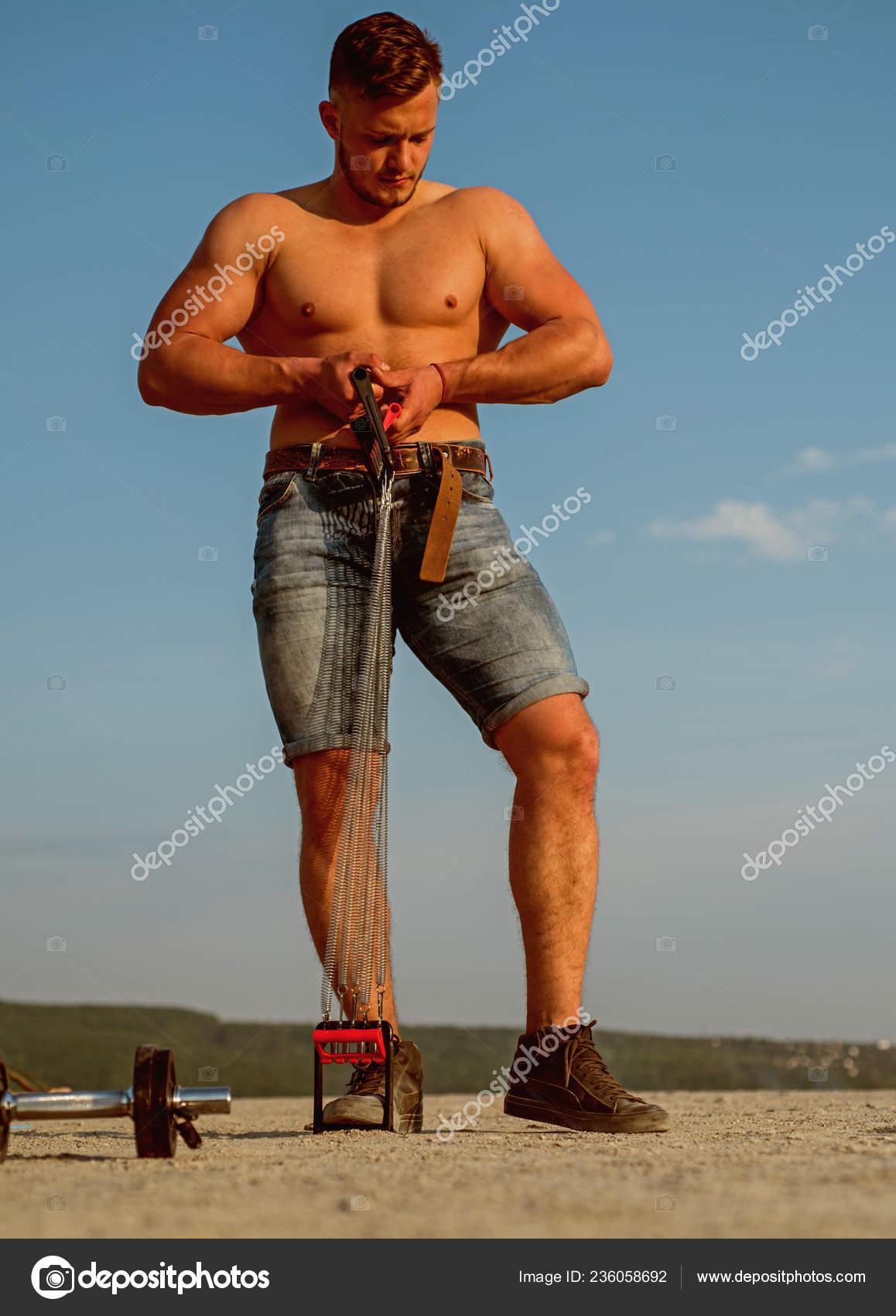 outlet in vendita più vicino a Super sconto Allenamento muscolare e costruzione. Sportsman costruire il ...