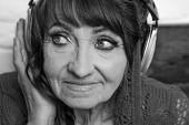 Fotografie Alte Musik im Kopfhörer hören