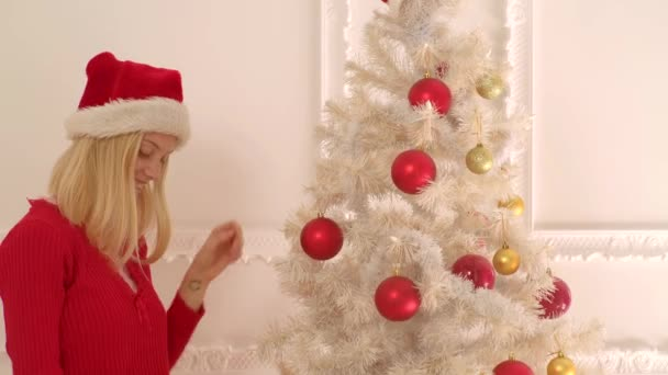 Frohe Weihnachten und ein gutes neues Jahr. modische Luxus-Mädchen feiern Neujahr. Silvester sexy Party.