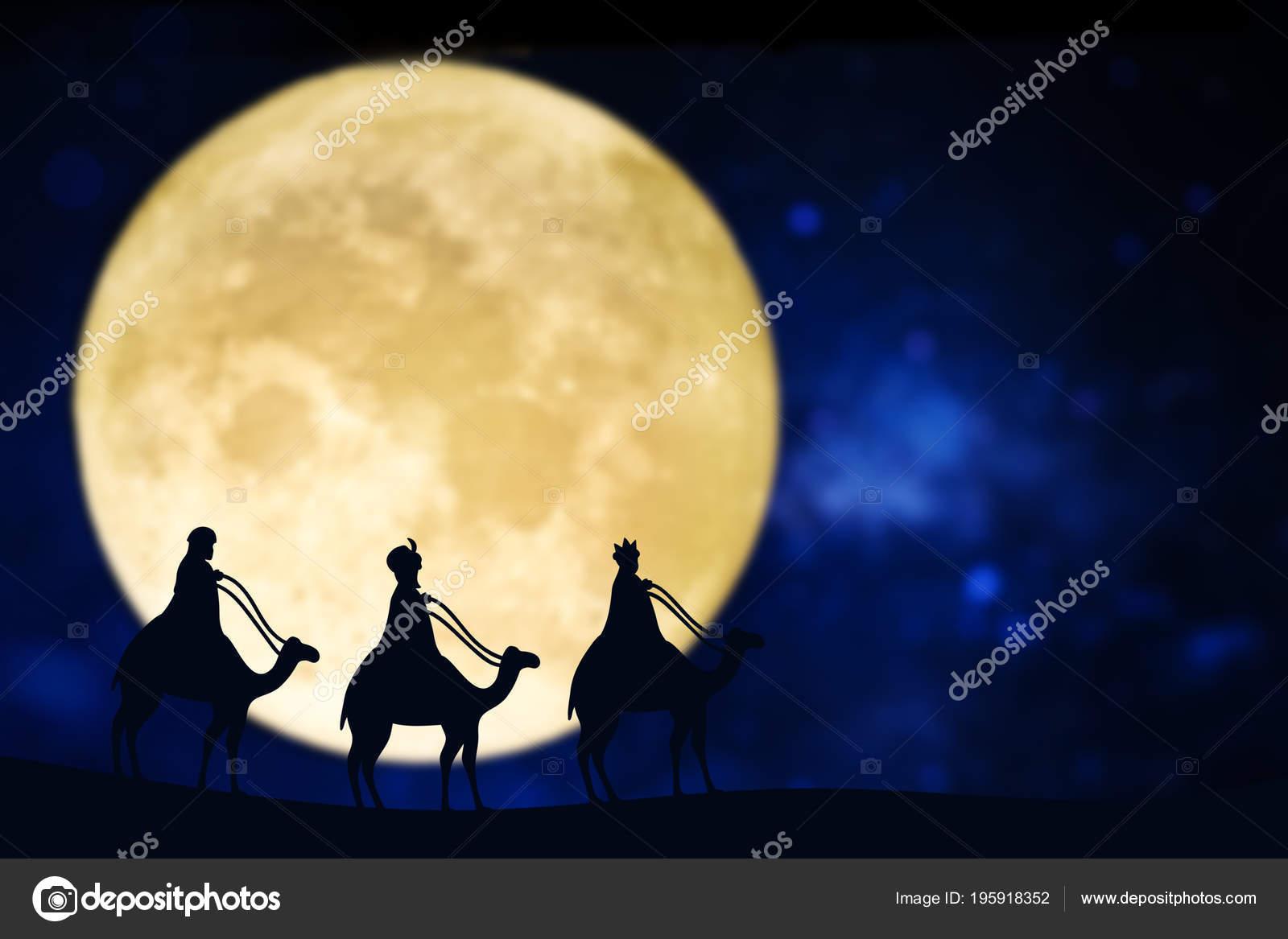 Imagenes Sobre Reyes Magos.Silueta Reyes Magos Sobre Una Luna Llena Fotos De Stock