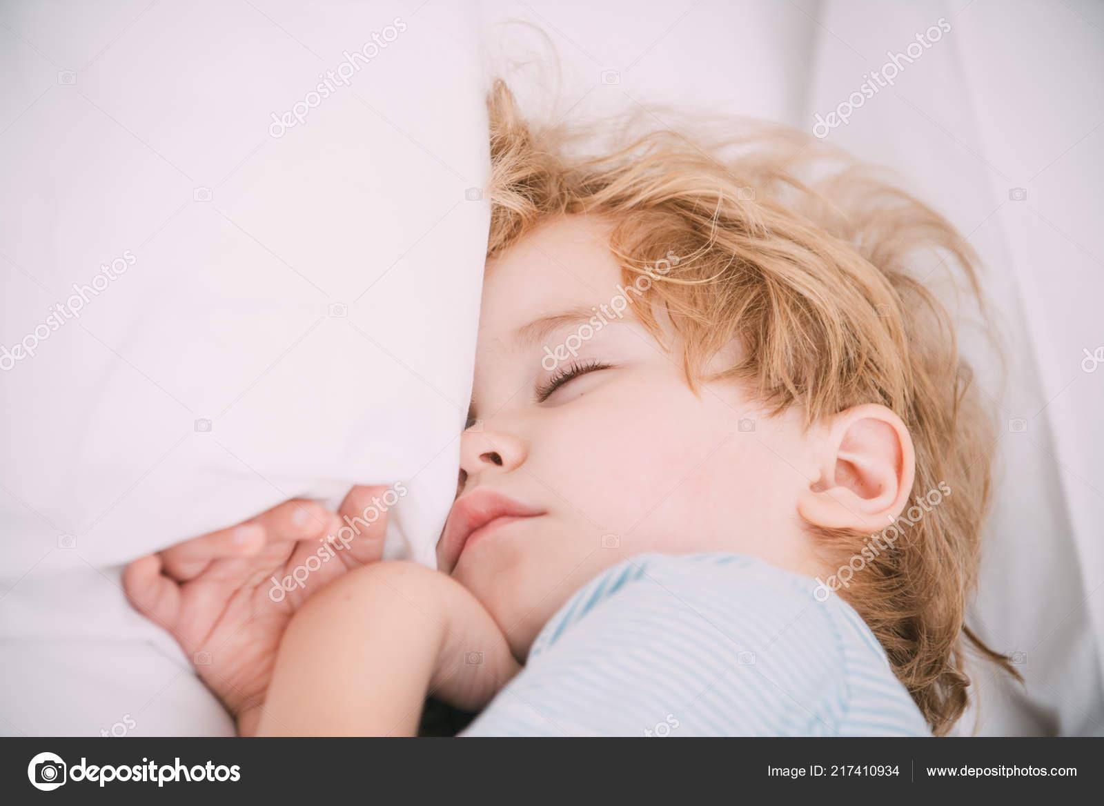 Kussen Voor Baby : Wolk kussen cloud kussen wit kwekerij decor baby kussen etsy