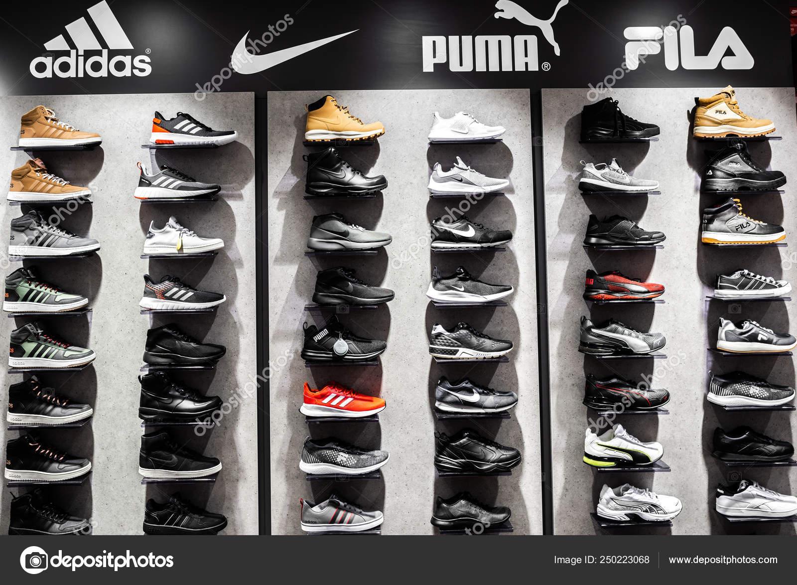 zapatillas nike hombres adidas