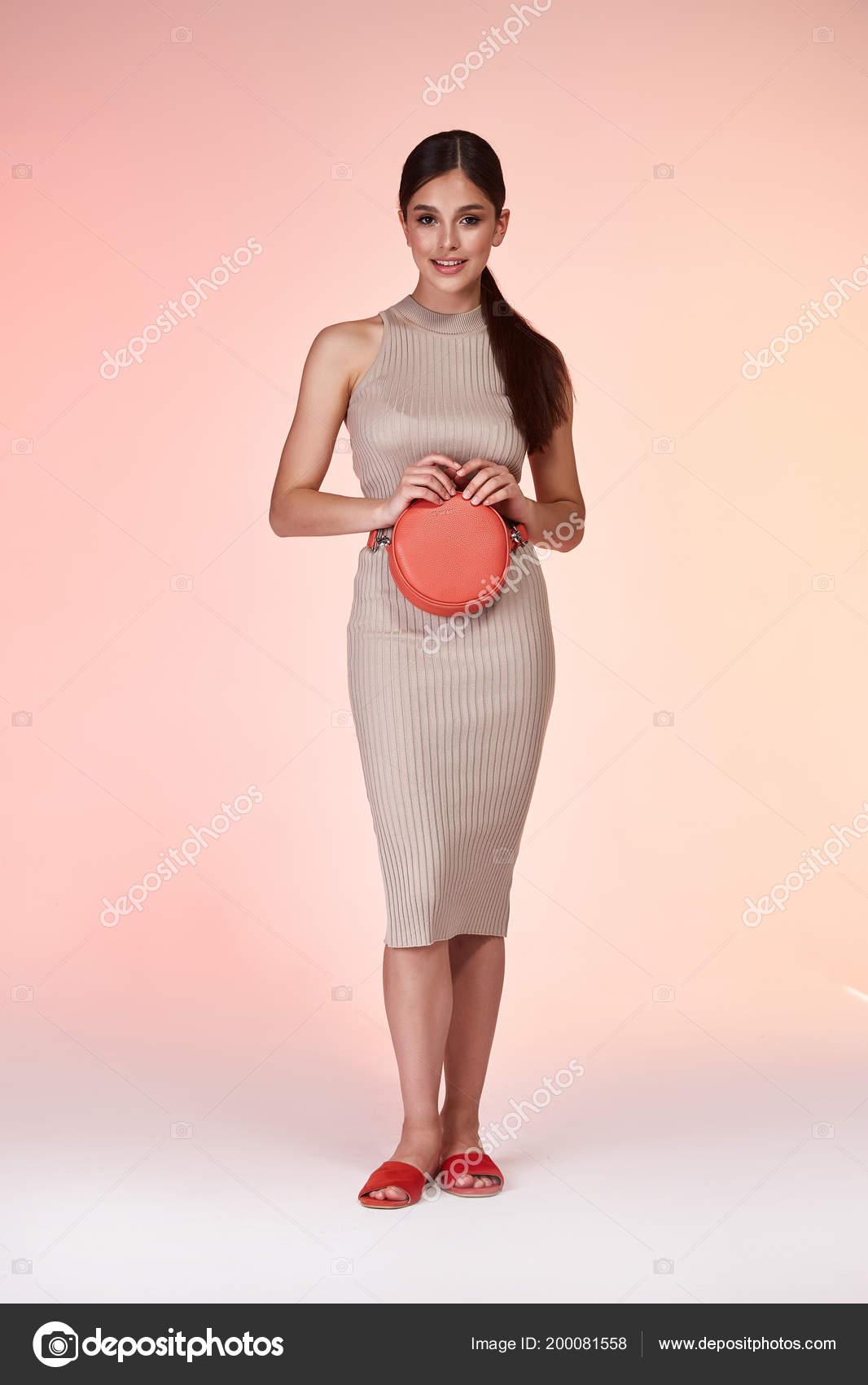 Mujer Elegante Sexy Belleza Moda Estilo Ropa Casual Formal Dama ...