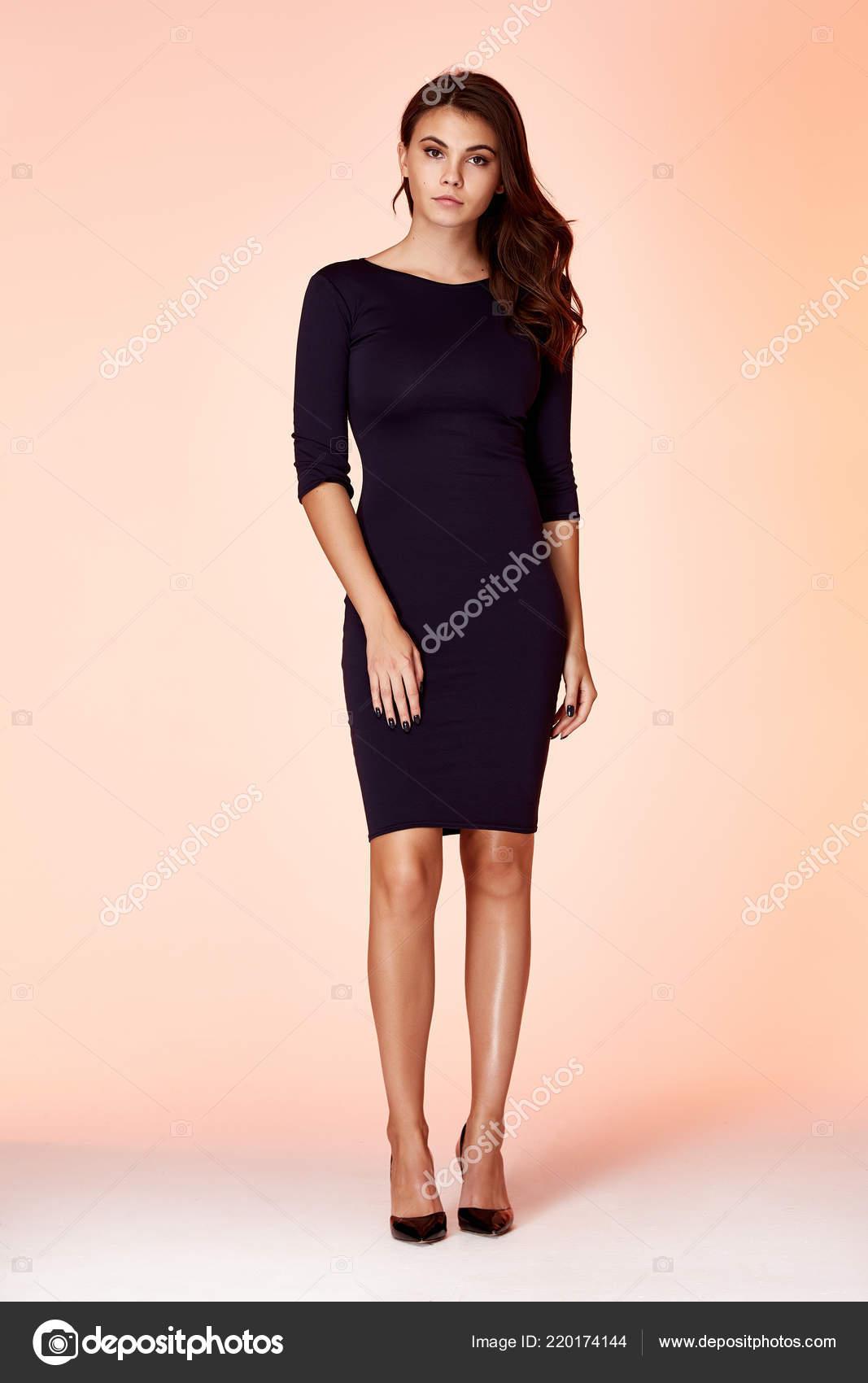 Desgaste Modelo Mujer Belleza Elegante Diseño Tendencia Ropa