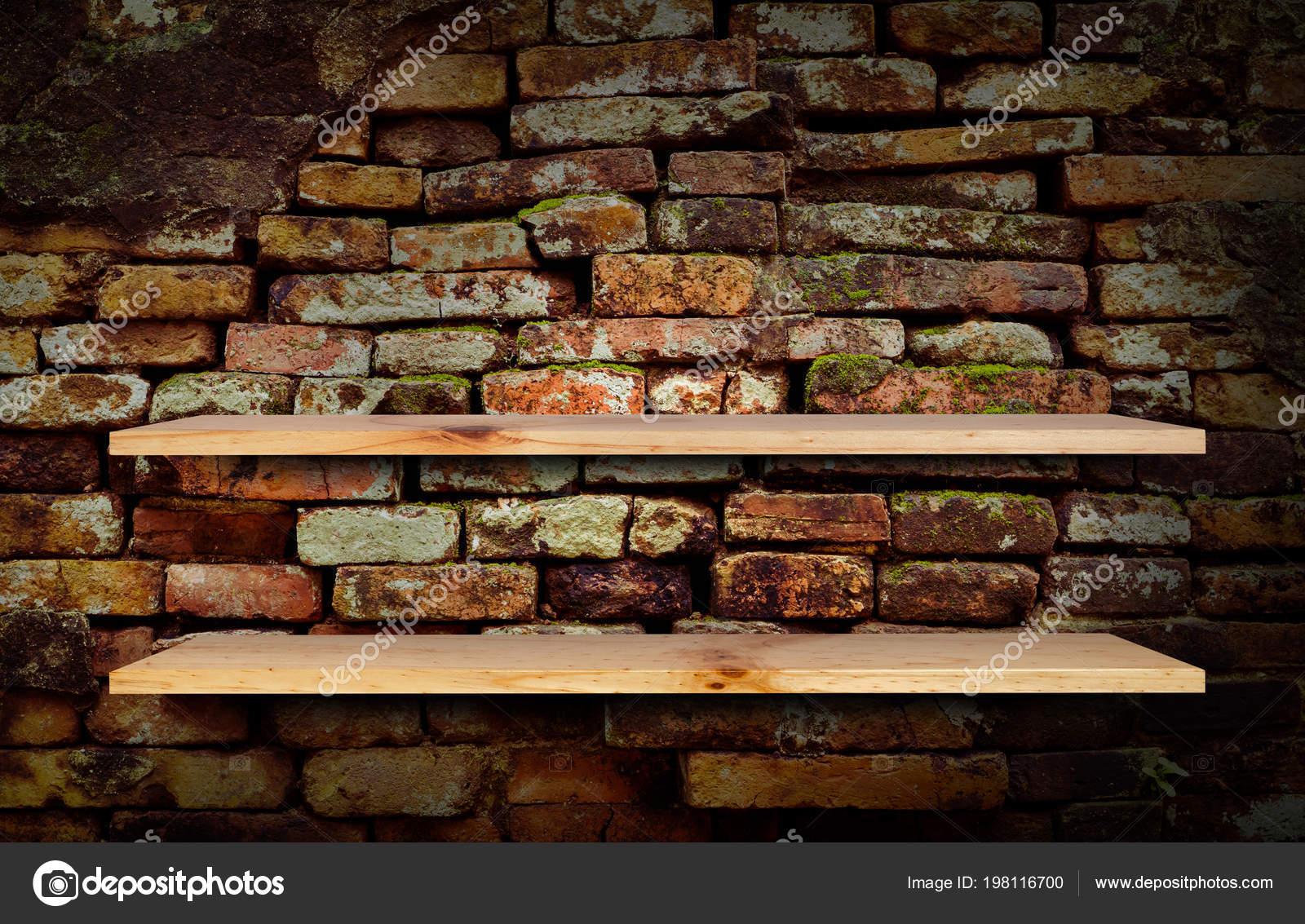 Etagere Sur Mur En Brique empty wooden shelf brick wall background — stock photo