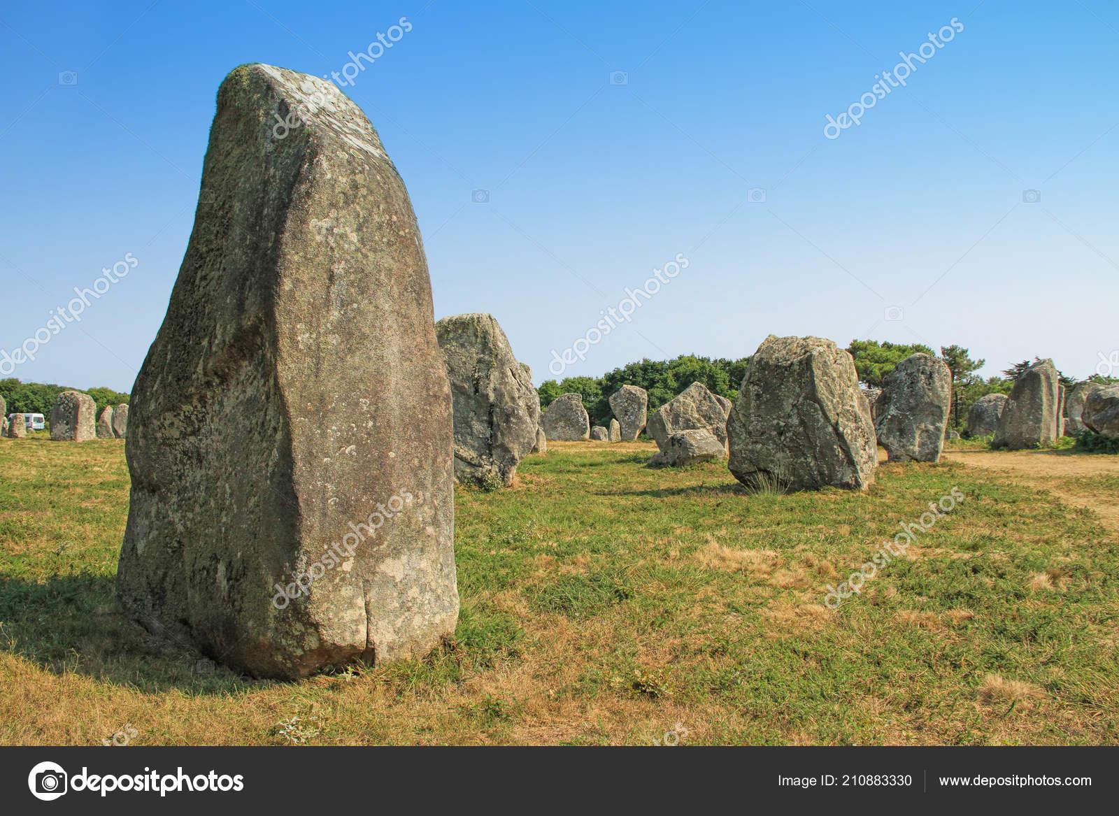 carnac karnag stones largest megalithic site world consisting