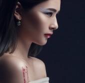 Fotografia Provocatorio Make-up. Viso di donne bellissime. concetto di bellezza femminile in diverse nazionalità. pelle perfetta e trucco, brillante caratteristiche facciali e occhi profondi