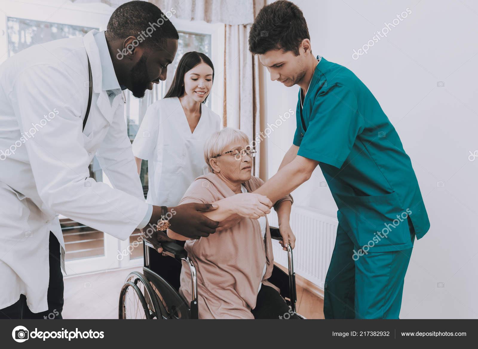 Врач в дом престарелых пансионат для пожилых людей павловский