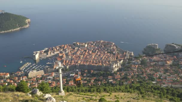 Nézd a régi város Dubrovnik Cable Car elhaladó naplemente