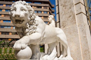 Lion statue in the gardens