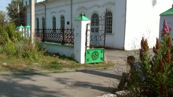 Alapaevsk, Rusko - 17. července 2012: pravoslavná církev Svatá Trojice katedrála. Bylo zde uložené těla zavražděného knížat Romanovs a St. Elizabeth Feodorovna