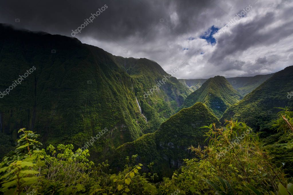 Takamaka Valley during a cloudy day, Reunion Island