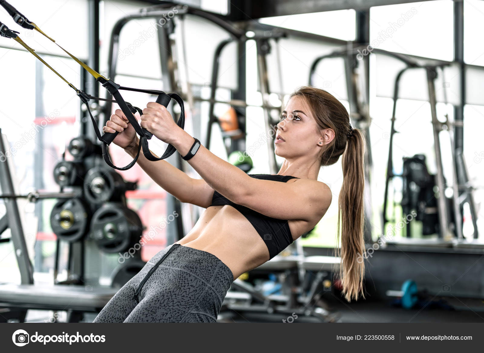 Photos: cute fitness girl | Cute Fitness Girl Doing Hard Athletic Workout  Gym — Stock Photo © wdnet #223500558