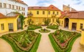 Vrtbovská zahrada nebo Vrtbovská zahrada ve starém městě v Praze, Česká republika