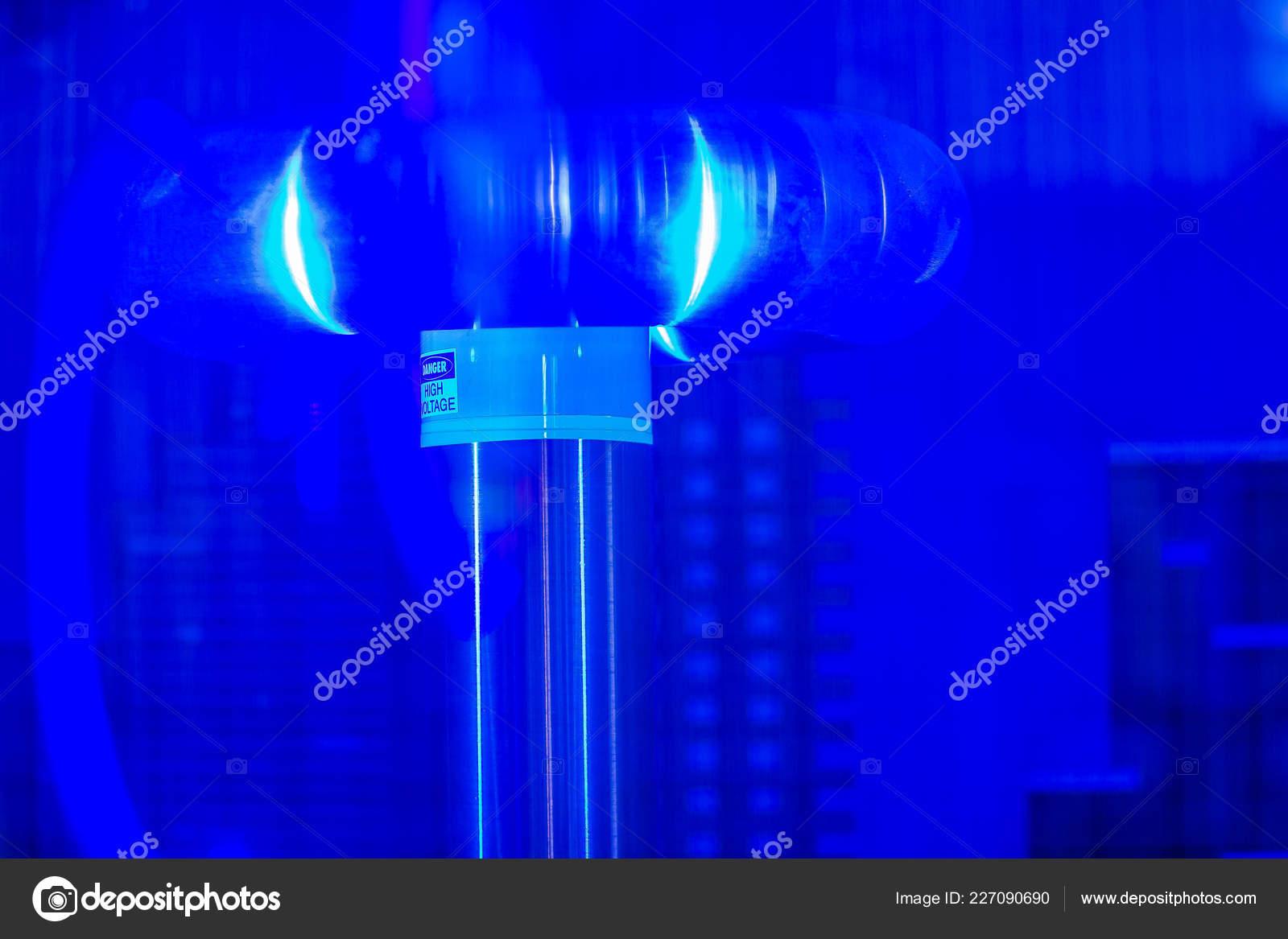 Tesla Coil Wallpaper Tesla Coil Lightning Shows Electrical