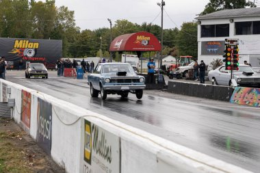 Drivers testing their cars at a free event open to the public and free to take pictures at Milan Dragway on 10-03-2020