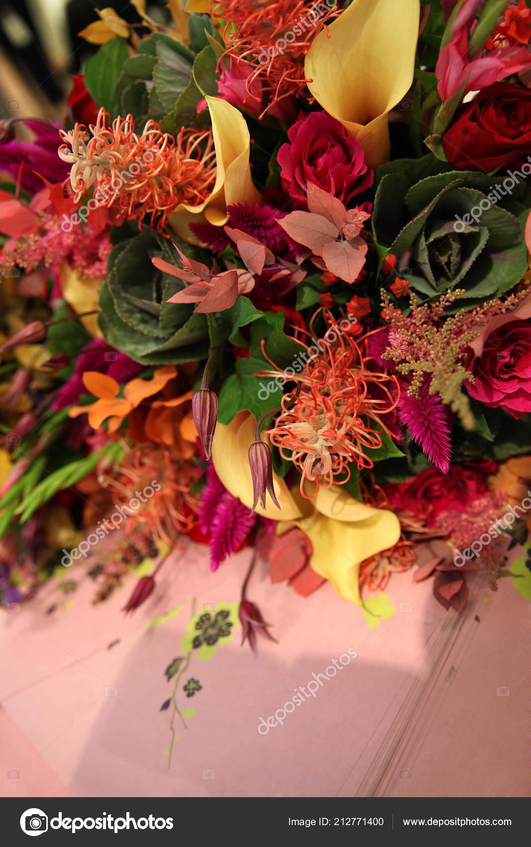 Original Bouquet Fleurs Dans Les Couleurs Automne Sur Fond