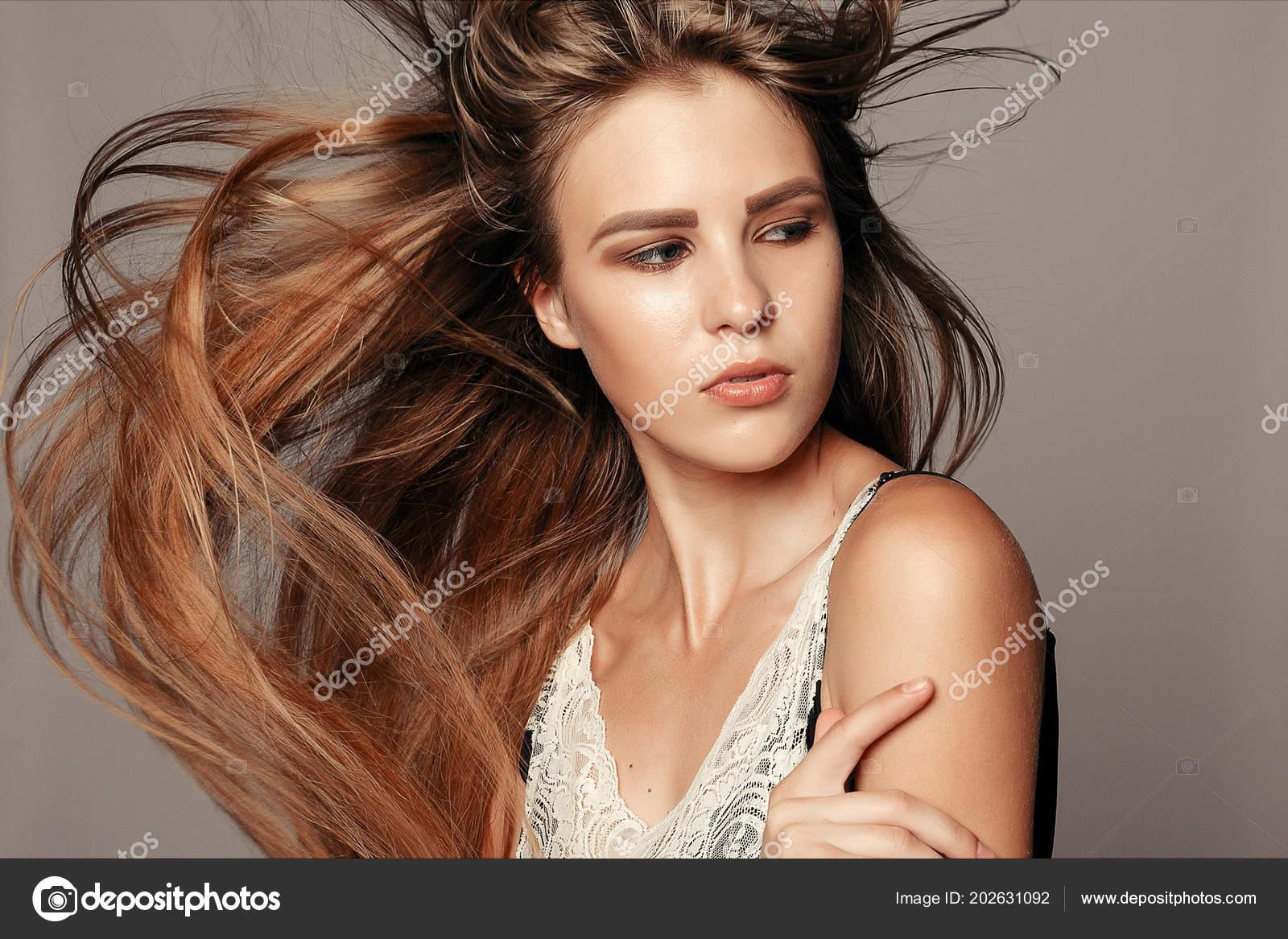 Dunkelbraune haare blondieren