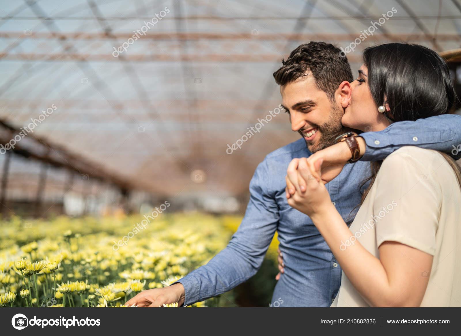 ερωτήσεις για να μάθετε κάποιον σε απευθείας σύνδεση dating
