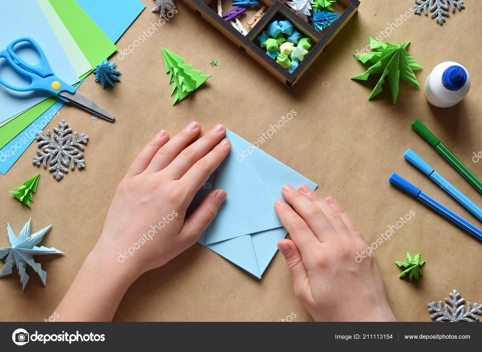 Decorar Arbol Navidad En Papel.Hacer Origami Arbol Navidad Con Papel Para Decoracion