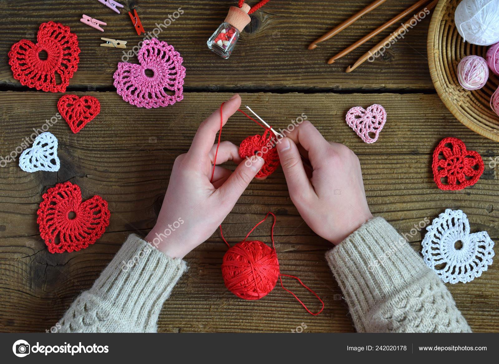 Bamboo Knitting Needles Hobbies Art and Craft Crocheting Knit Sew Christmas Gift