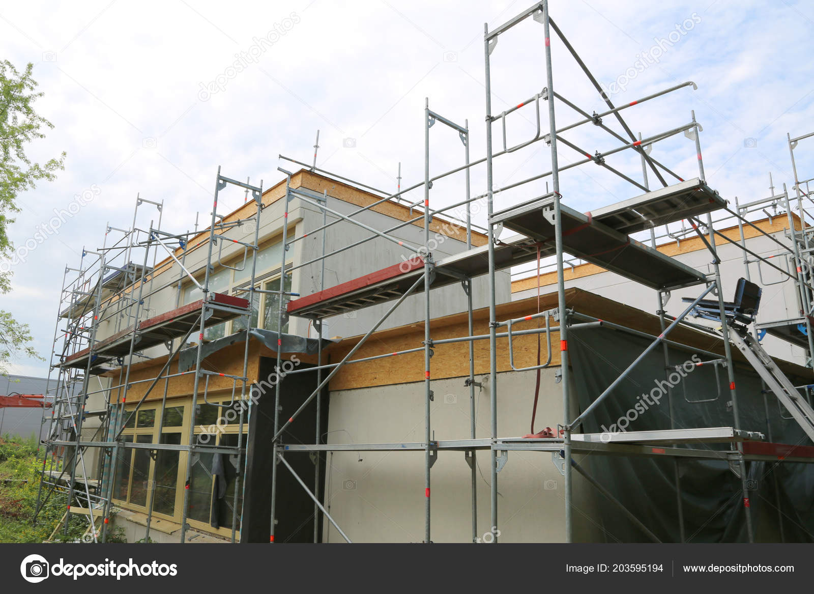 Repair Building Construction Chair Lift Scaffolding U2014 Stock Photo