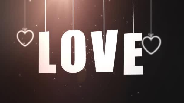 Liebesbriefe hängen an einer Schnur, die mit schwarzem Hintergrund von der Decke fällt