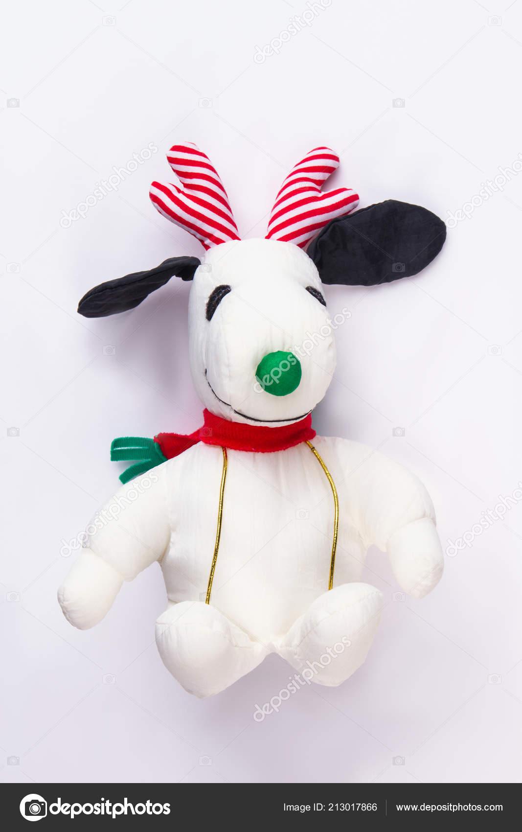 Plüschtier Form Von Snoopy Weihnachten Spielzeug Konzept Weißen ...